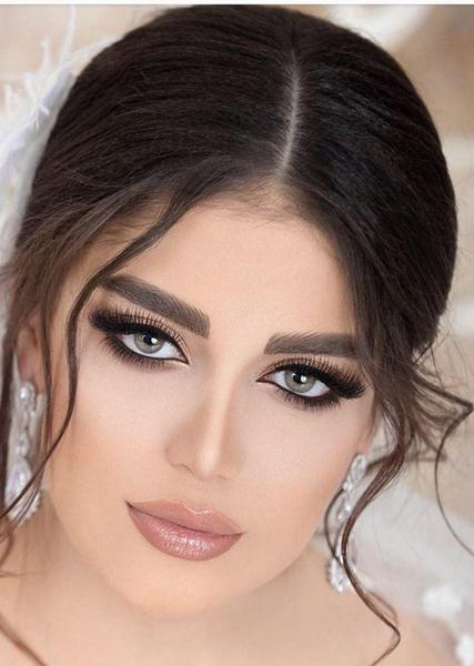 گریم تخصصی عروس در اصفهان